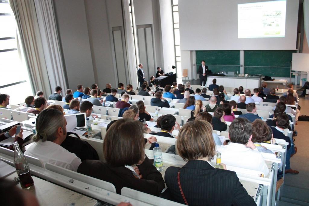 Fabian Weiss spricht vor Investoren in Berlin über Digitalisierung der Bäderwelt