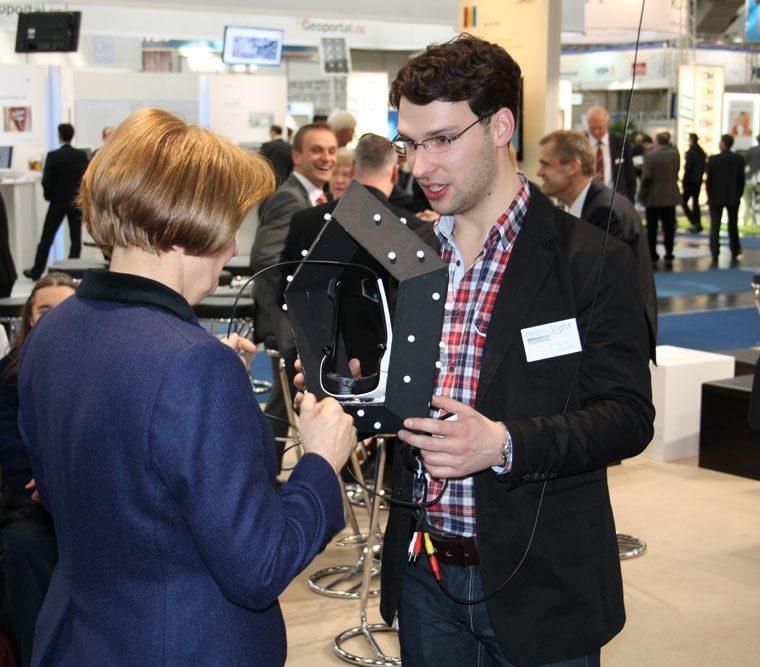 CeBIT 2012 immersight, Cornelia Rogall-Grothe, Fabian K.O. Weiss Raumbrille