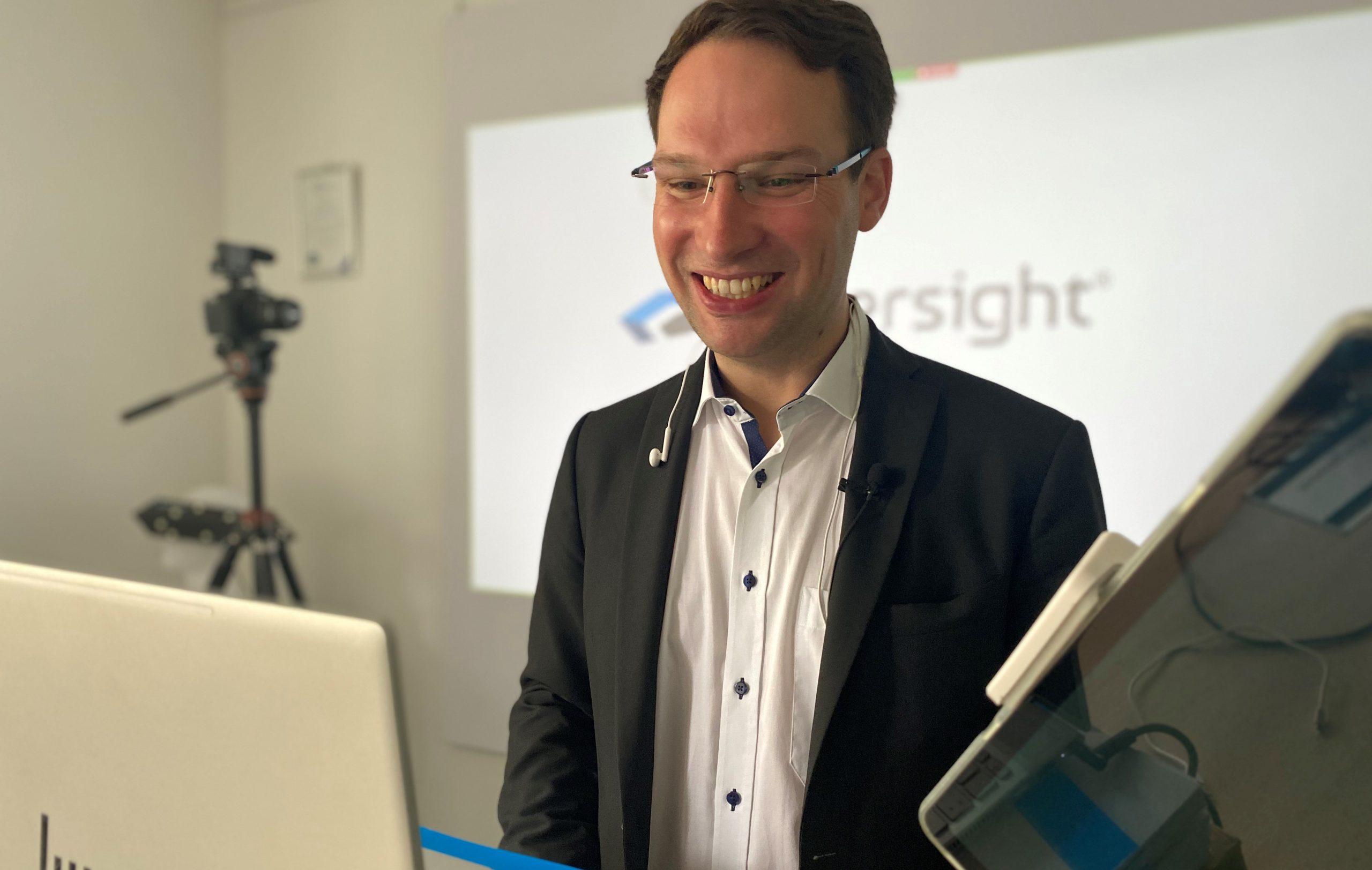 Fabian Weiss von immersight beim Zoom-Meeting mit Kunden und Interessenten